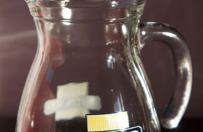 "RICARD : pichet 0,50 cl. en verre transparent ancien logo "" CERVE made in ITALY"""