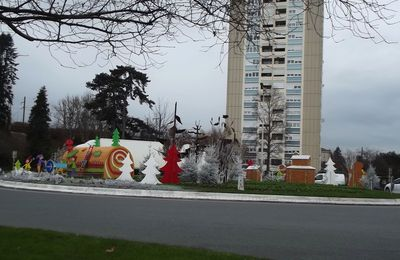 Déco de Noël - rond-point Macon