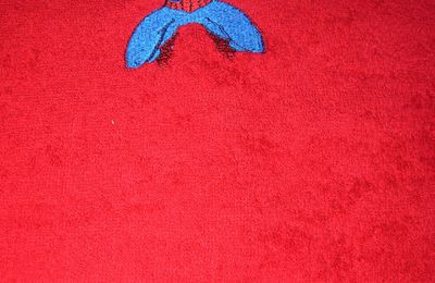 serviette de toilette spiderman