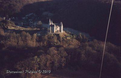 Photo par Cerf-volant. Chateau de Vêve près de Dinant.