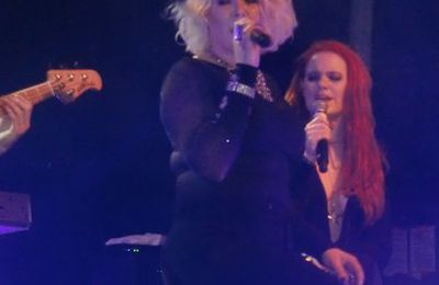 """Kim Wilde Live en Photos"""