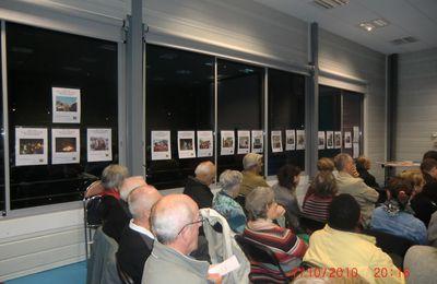 """100 à 110 personnes à Ty Blosne pour la soirée """"cultiver la paix c'est auusi défendre les Roms, les libertés publiques ,les droits sociaux"""