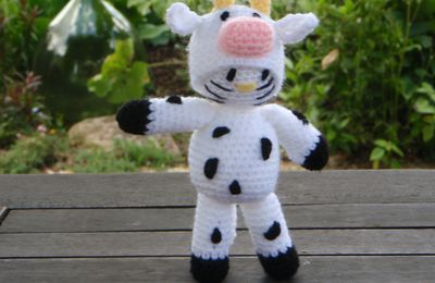 Kitty vache, amigurumi au crochet