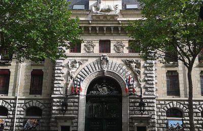Paris 4ème La Caserne des Céléstins