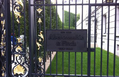 ... Abercrombie & Fitch à Paris : tout un spectacle