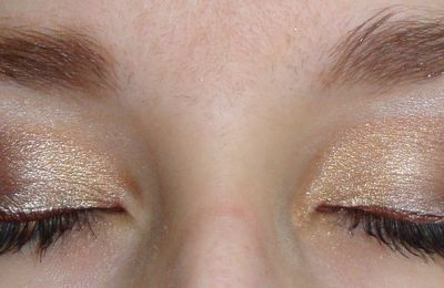 Maquillage Taupe et or...
