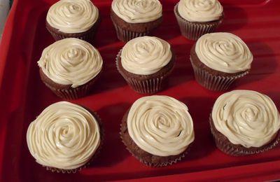 Cupcakes chocolat noir/ blanc et praliné