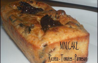 MINI CAKE RICOTTA - TOMATES - PARMESAN