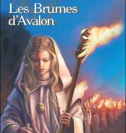 Le Cycle d'Avalon, T.2 : Les Brumes d'Avalon de Marion Zimmer Bradley