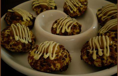 Sablés fourrés au beurre de cacahuètes.