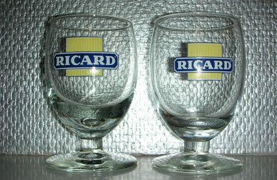 Logo Ricard Carré Jaune avec Ligne Blanche & Logo Cartouche sans Ligne de Dose - 2 modèles différents