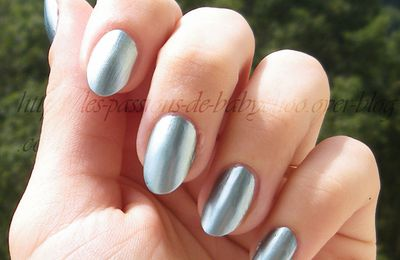 China Glaze - Metallic Muse