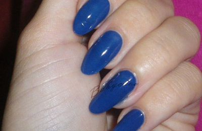 OPI - Dating a royal