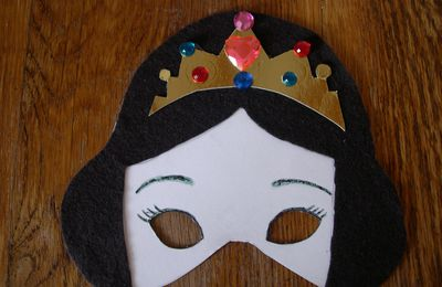 Masque de princesse brune