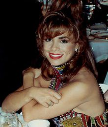 PAULA ABDUL AUX EMMY AWARDS 90