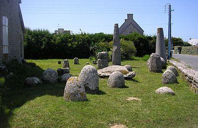Ces premiers paysans bigoudens qui posèrent les mégalithes