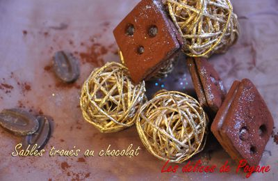 Sablés troués au chocolat