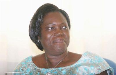 """Transport / Simone Gbagbo (première Dame) : """"Il n`y a plus de route en Côte d`Ivoire"""""""