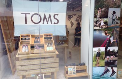 Toms : enseigne solidaire