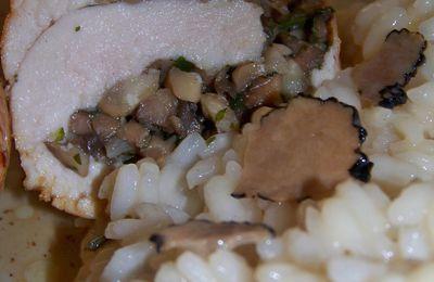 supremes de poulet farcis et risotto aux truffes