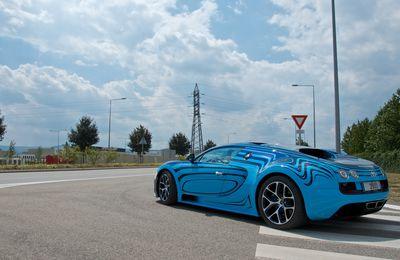Bugatti Veyron Super Sport, Grand Sport Vitesse et Aston Martin One-77 à Molsheim
