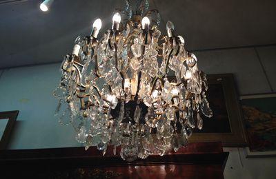 GRAND LUSTRE CRISTAL DE 18 LAMPES PRIX 3600 €