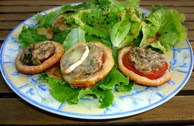 Feuilletés aux tomates et sardines pimentées