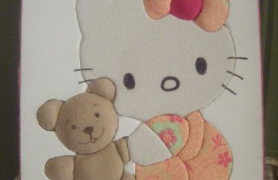 Hello kitty et son nounours