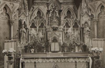 CARTE POSTALE: l'autel Maitre Autel en détails