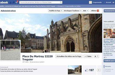 Bretagne : A Treguier La place du Martray à l'heure des réseaux informatiques