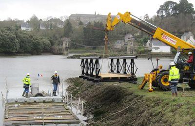 PLOUGUIEL : Les travaux de la passerelle SAINT FRANCOIS ont repris ce matin