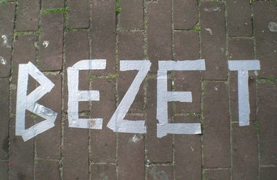 BEZET! (or how to take a free space for Koninginnetaag!)