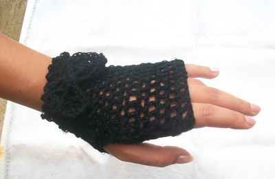 Mitaines au crochet / fingerless gloves