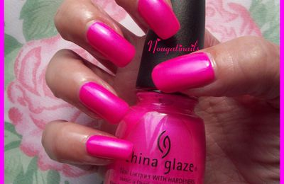 Hang-ten toes - China Glaze