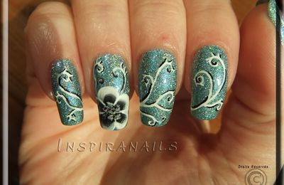 Nail Art : Abby's flower