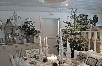 mon sapin de no l blanc et argent table d co et. Black Bedroom Furniture Sets. Home Design Ideas