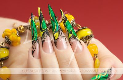 Nail-Art foils inspired by Liliya