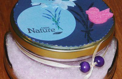 Cadeau fait maison, sel de bain lavande et argile violette