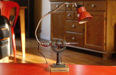 Lampe d'atelier articulée à rotules récup ancien tour d'horloger