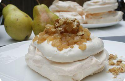 Pavlova d'automne, pomme poire gingembre et sucre d'érable