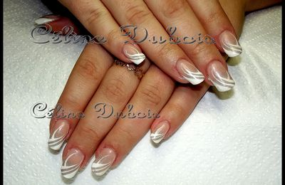 gainage ongles naturel , nails art imitation bianca.f
