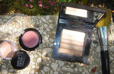 Sun-kissed effect....avec Bobbi Brown, So'Bio et Make Up For Ever