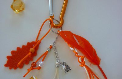 Bijoux de sac orange