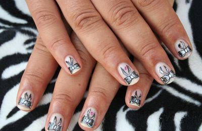 French noeud... sur d'autres ongles