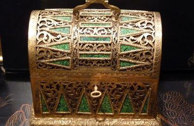 Coffret en malachite et bronze doré, Russie, milieu 19ème siècle