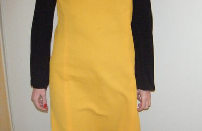 Robe jaune moutarde Taille M