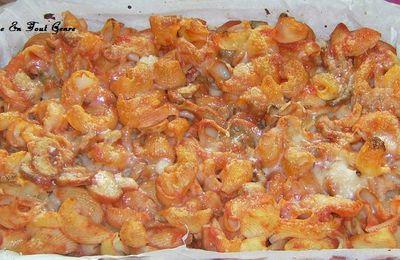 Gratin de pâte aux champignons et à la sauce tomate