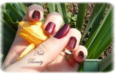 China Glaze - Short & Sassy
