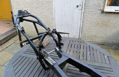 Tigcraft Chassis For Sale/ A vendre