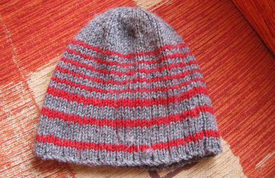 """Un bonnet en """"Quiétude"""" de Phildar pour un garçon de 5 ans"""